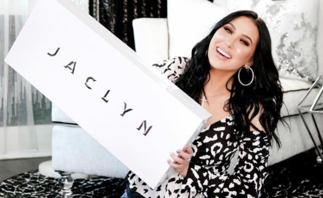 Jaclyn Hill cierra su cuenta de IG y TW temporalmente después del desastre de suslabiales
