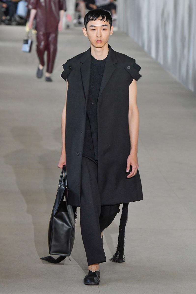 Jil Sander : Runway - Paris Fashion Week - Menswear Spring/Summer 2020